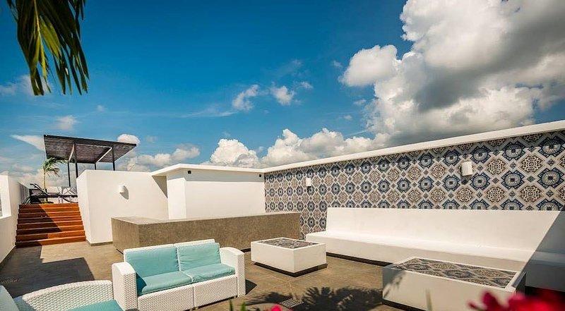 Kasa Kai: Brand new Tropical Decor, Infinity pool in Aldea Zama, vacation rental in Tulum