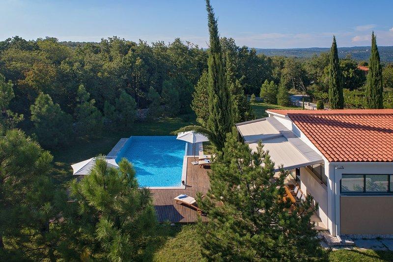 Breg Villa, holiday rental in Rasa