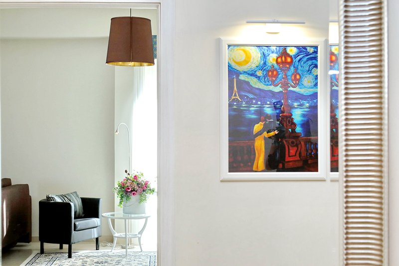 Oksana's Bernadette Apartment, vacation rental in Vatican City