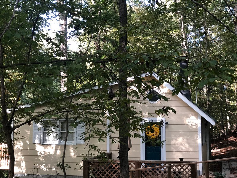 Cottage On Beech Haven, 4 miles from UGA Campus, casa vacanza a Athens
