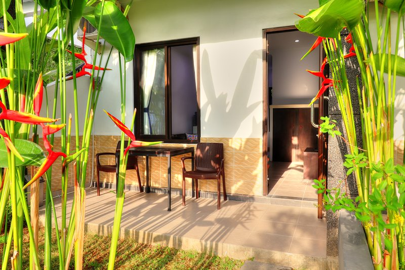 Rise aparment No. 4, Sanur with Pool, holiday rental in Sanur