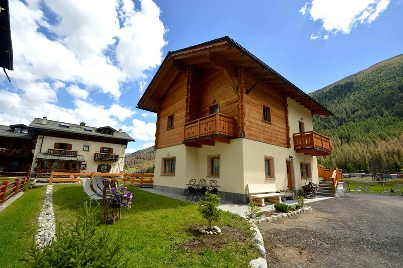 Chalet Sunshine, holiday rental in Livigno