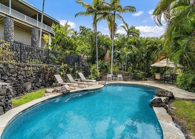 Ono Hale: Gorgeous Home with pool. Breathtaking ocean views., vacation rental in Kailua-Kona