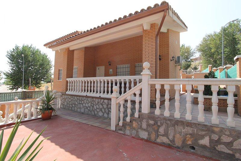 Casa cenador del valle, vacation rental in Sesena Nuevo