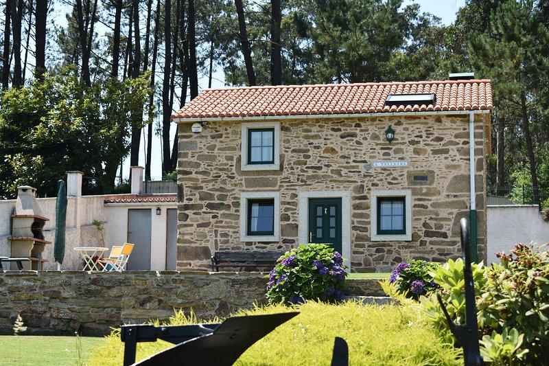CASA RURAL A TILLEIRA, holiday rental in Malpica de Bergantinos