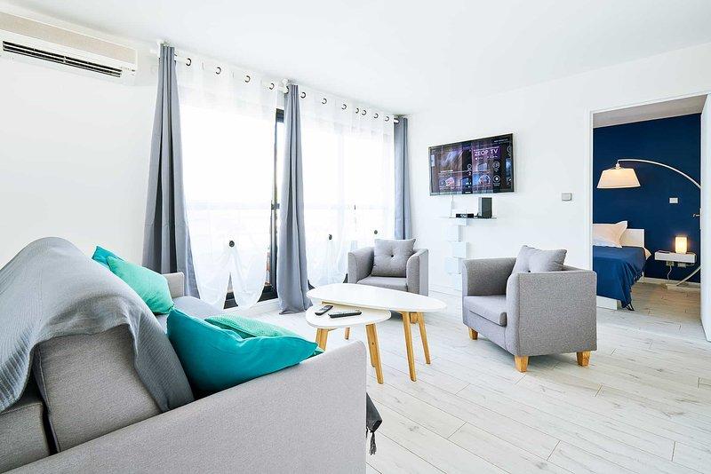Bel Appartement près de la plage (80m) , Saint-Pierre, Réunion (LUMA), holiday rental in Saint Pierre