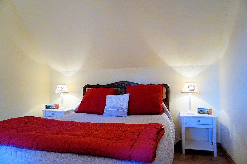 Chambres d'hôtes Céline et Jean, aluguéis de temporada em Saint-Bonnet-de-Salers