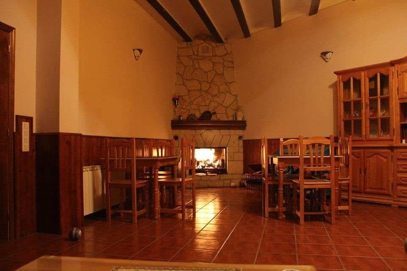 Nice apartment with terrace & Wifi, holiday rental in Noguera de Albarracin