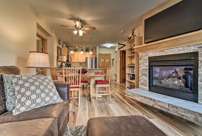 This 2-bedroom, 2-bathroom condo comfortably accommodates up to 8 guests.