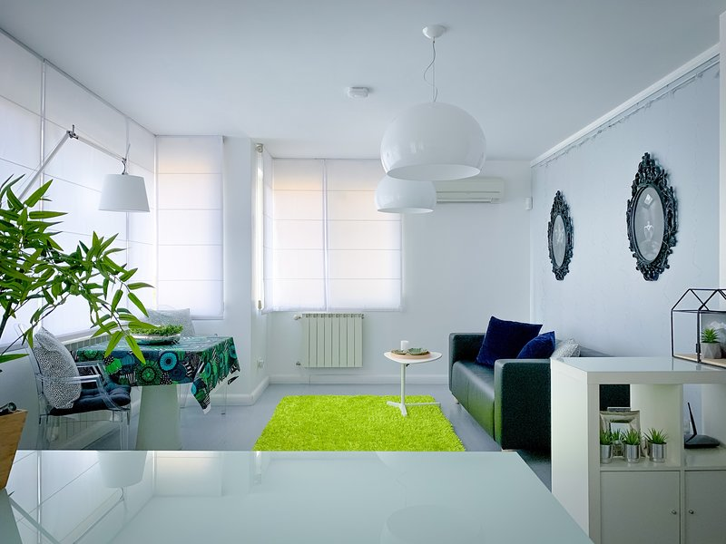 Boutique Lux Apartment 24h CCTV Sofia Center, holiday rental in German
