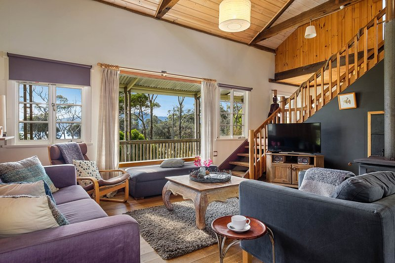 Bruny Island Family Friendly Holiday Rental, vacation rental in South Bruny