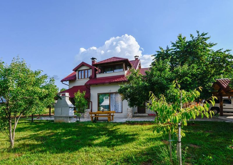 Villas Joja - more than 300m2 + SPA area, holiday rental in Perusic