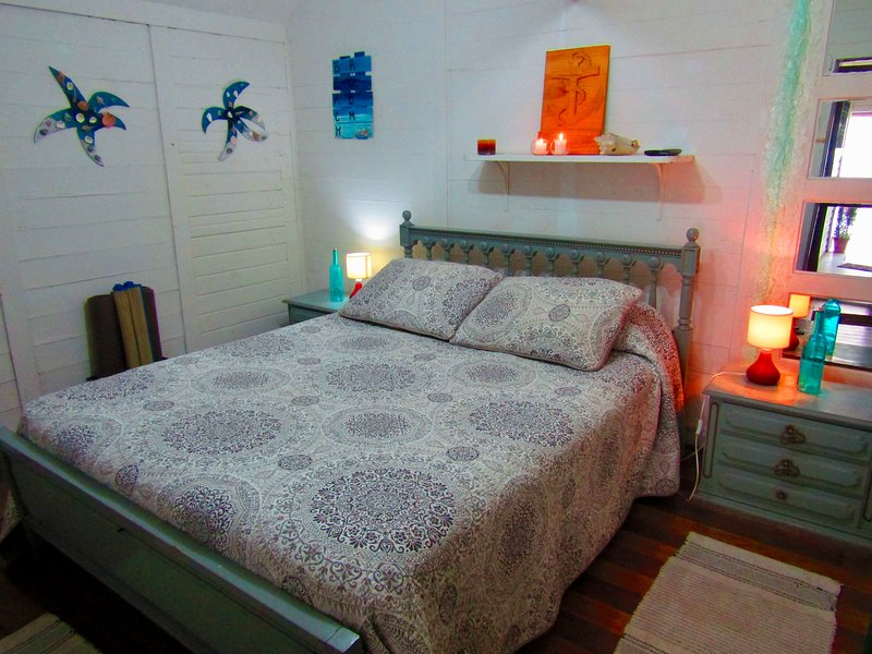 Casa Adosada FRENTE A LA PLAYA, holiday rental in Casablanca