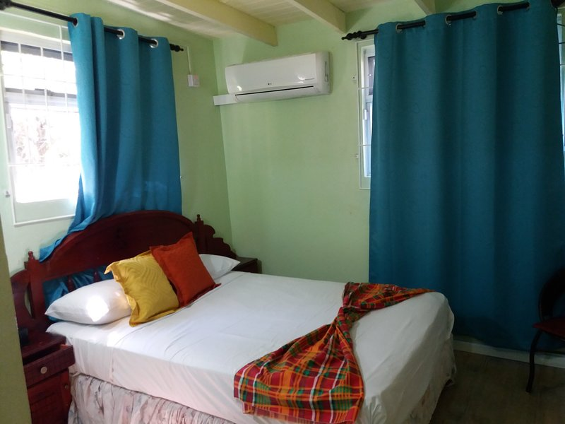 CELESTIAL VACATION HOME, holiday rental in Gros Islet