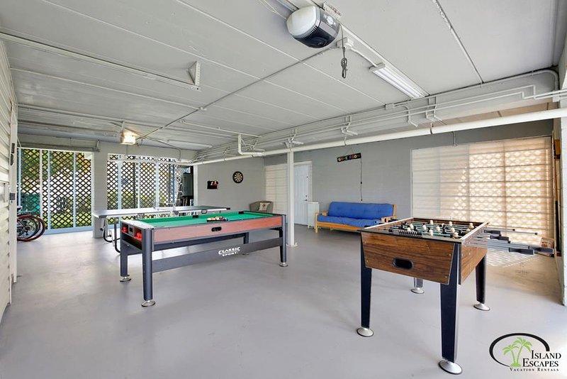 Mesa de ping-pong / mesa de billar / futbolín