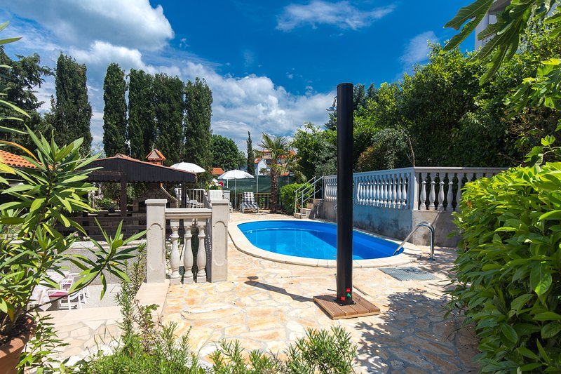 Studio apt with common swimming pool - 301, vacation rental in Malinska
