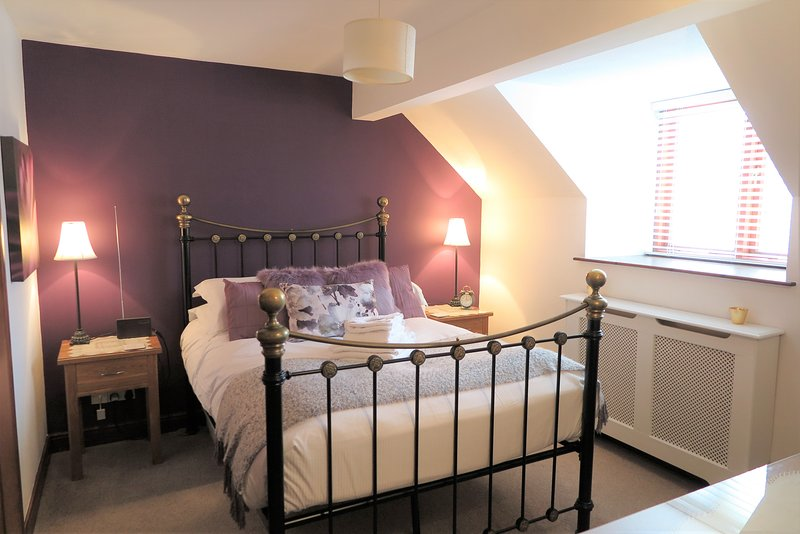 A lovely contemporary bedroom