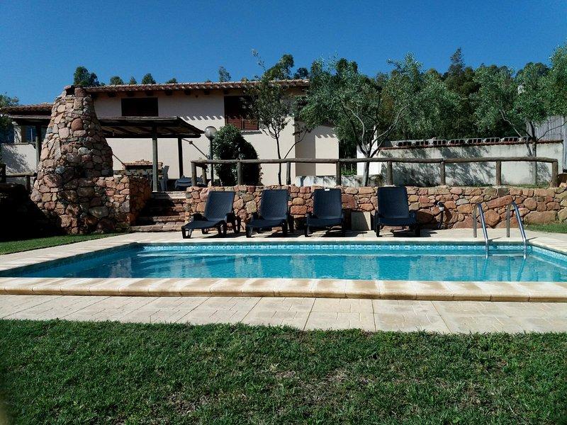 Villa con piscina riservata - WIFI, holiday rental in Jerzu