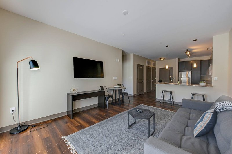 Deluxe Apartment Near Military Park By Mint House Updated 2019
