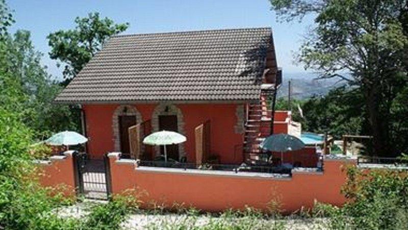 Villa Maria Pia & Home Restaurant, location de vacances à Calascio