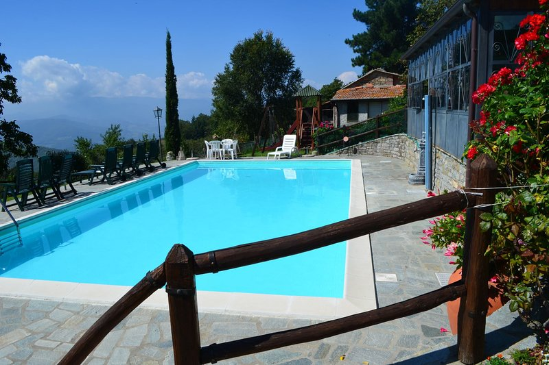 La Verna Apartment Sleeps 4 with Pool - 5490406, vacation rental in Bagno di Romagna