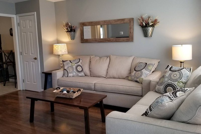★ Cozy Living 5 Min to Cherokee Lake & C-N Univ, holiday rental in Jefferson City