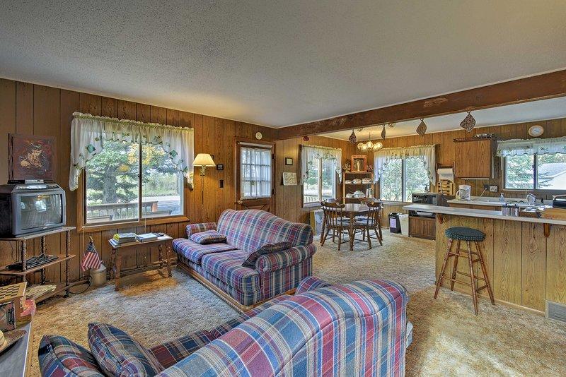 Descontraia nesta cabana de férias de 4 quartos e 1,5 banheiros em Markesan.