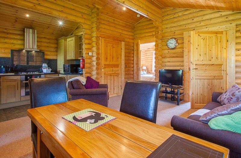 Modern Cosy Cabin, aluguéis de temporada em Felton