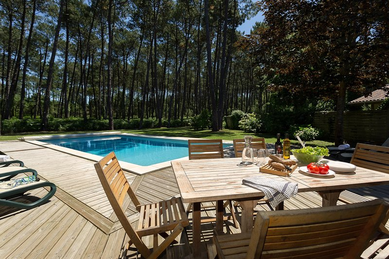 Enjoy your wine with the sunshine next to your private pool! (May be heated for a charge).