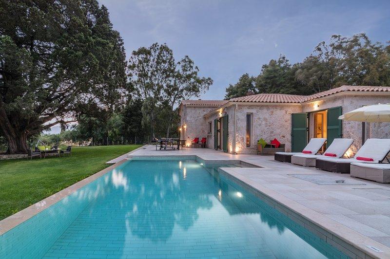 Villas Astarte - Villa Privada Laalu