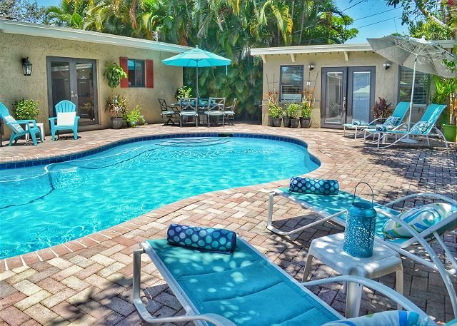 Updated Wilton Manor home close to Wilton Drive, Dining and Nightlife, holiday rental in Wilton Manors