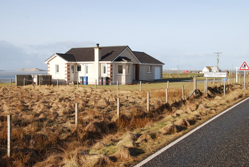 Tigh-na-Mara Self-Catering, holiday rental in North Uist