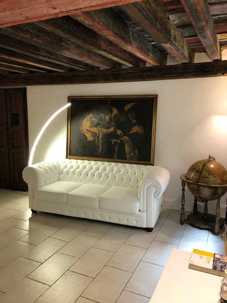 DOMUS ANTIQUA SAN LORENZO citra010025-LT-0372, holiday rental in Genoa
