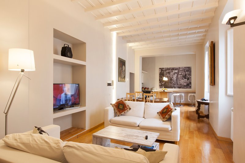 Charming Trastevere 3BR Apartment with AC and WIFI Chalet in Rome