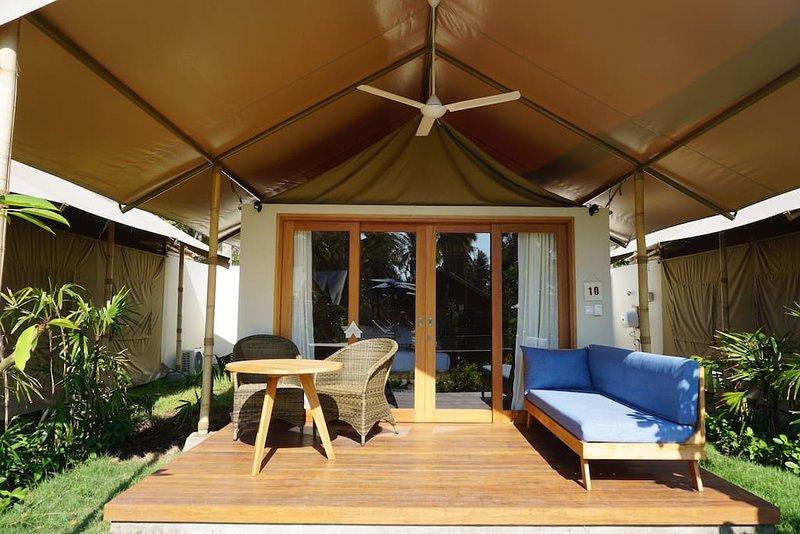 Gili Tenda Glamping Resort (Family Bungalow 2), holiday rental in Gili Trawangan