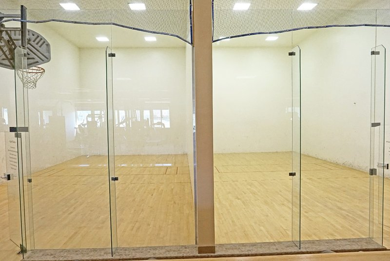 Racquetball courts and indoor basketball
