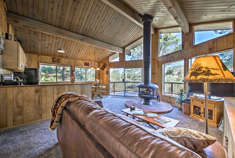 Experience an unforgettable Big Bear retreat at this 2BR, 1BA vacation rental!