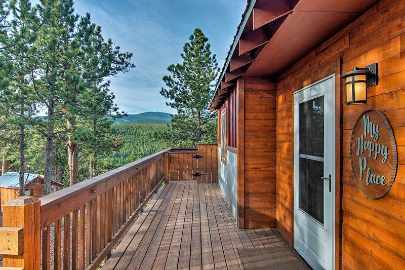 Front Range Views | Rocky Mountain Retreat | Mountain Town