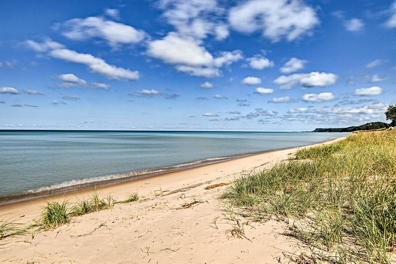 This beachside retreat is sure to be the best in Pentwater!