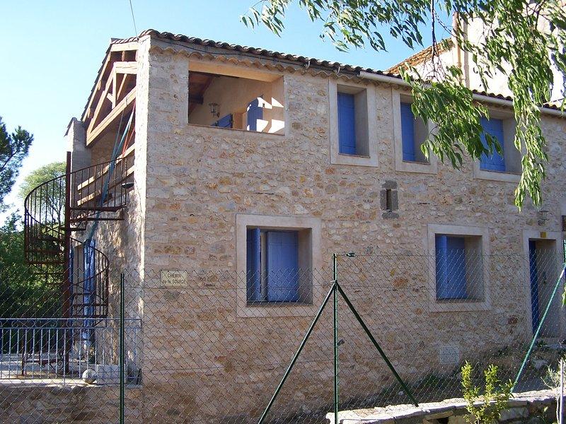 Entre vignes et garrigue, vacation rental in Saint-Jean-de-la-Blaquiere