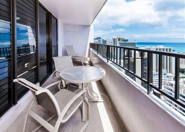 Vues sur l'océan et la ville depuis le 33e étage!