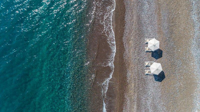 Great Sand Villa, Beach Front Luxury Villa, location de vacances à Kiotari