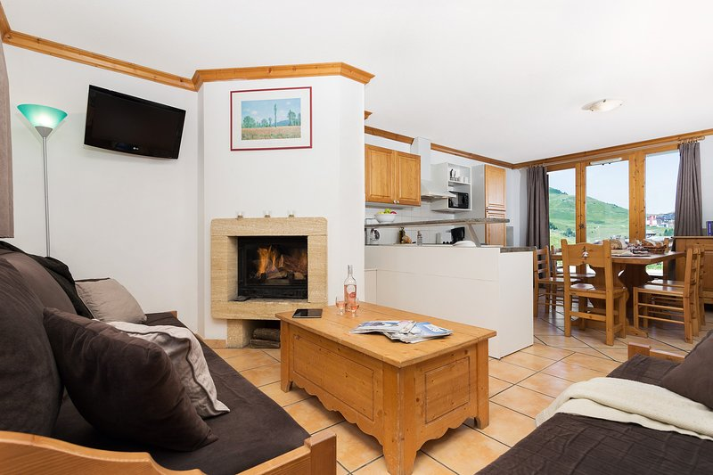 Come and stay in our cozy and modern chalet in La Plagne!