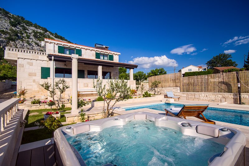 STONE BEAUTY - VILLA RUNJE with private, heated pool 36m2 and whirlpool