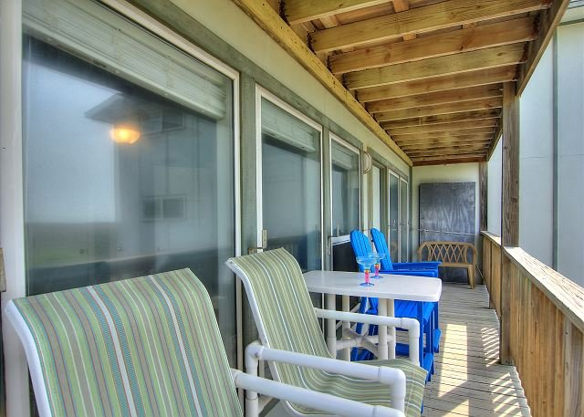 Gorgeous condo with a great view! Heated Pool!, casa vacanza a Port Aransas