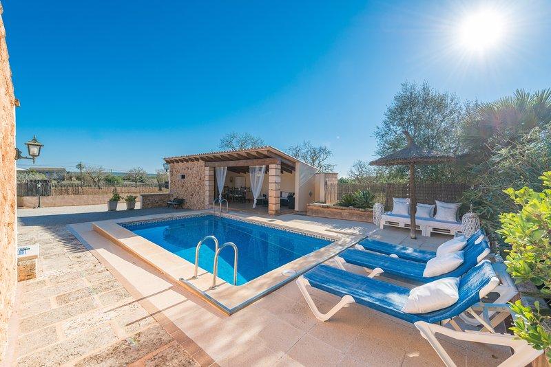 HÓRREO - Villa for 6 people in CAMPOS, alquiler de vacaciones en Campos