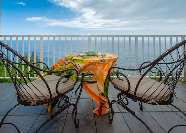 Alii Kai 3103 -watch for whales from oceanfront lanai! View from every window, alquiler vacacional en Kauai
