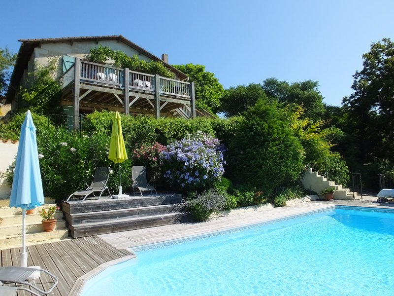 La Grange Chalais, holiday rental in Chenaud