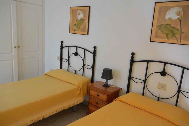muito confortável apartamento no sul da ilha, a 5 minutos da praia com areia vulcânica preta