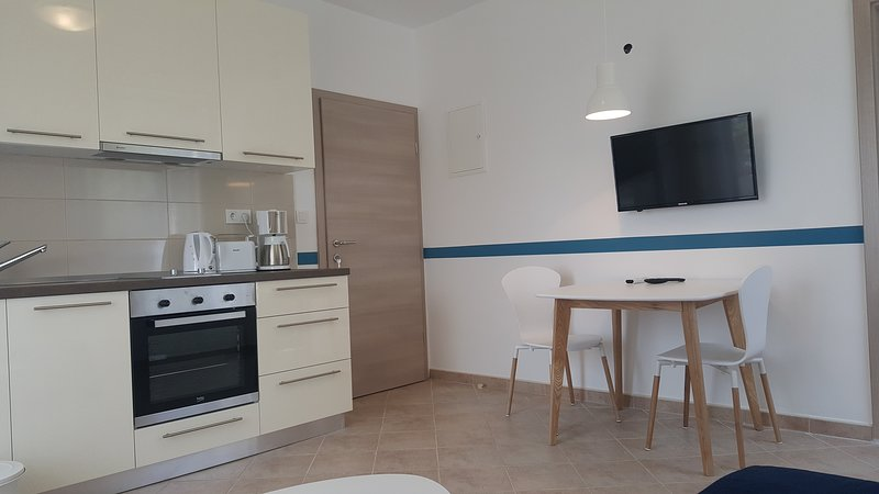 Villa Babalonija - Apartment APP-Batana, holiday rental in Kampor